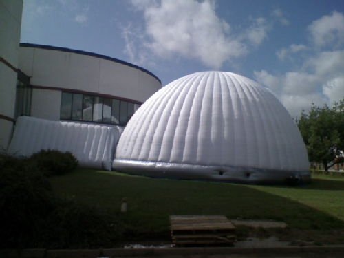 inflatable igloo