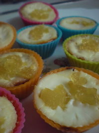 lemon and ginger mini cheesecakes