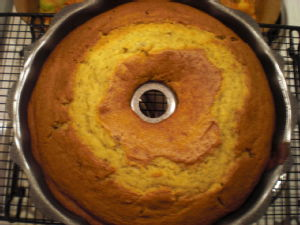 banana bundt cake in the tin