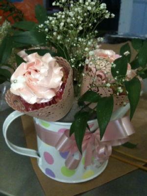 mum cupcake bouquet 1