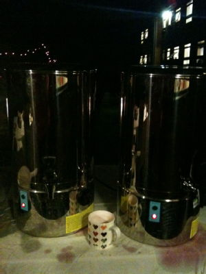 mulled wine urns