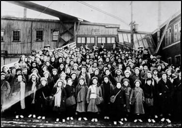 British immigrant children from Dr Barnardo's Homes at landing stage, Saint John, New Brunswick, Canada