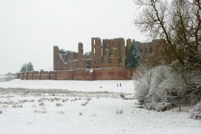 Kenilworth Castle in the snow, Feb 5, 2009
