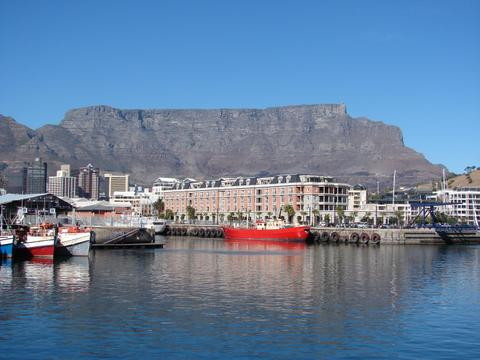 Cape Town & Table Mountain - View from the Robben Island ferry