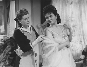 Phyllis Calvert and Margretta Scott in Fanny by Gaslight
