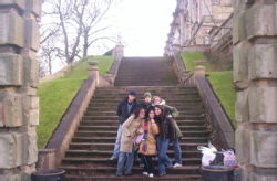 Altogether in front of Nottingham Castle: Matteo, Gioia, Erica, Giorgio, Raissa and me