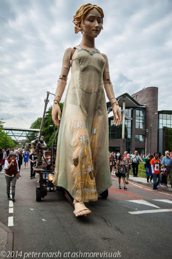 Lady Godiva puppet at Warwick 1