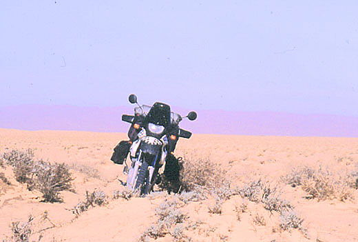 F650 GS Dakar in the sand