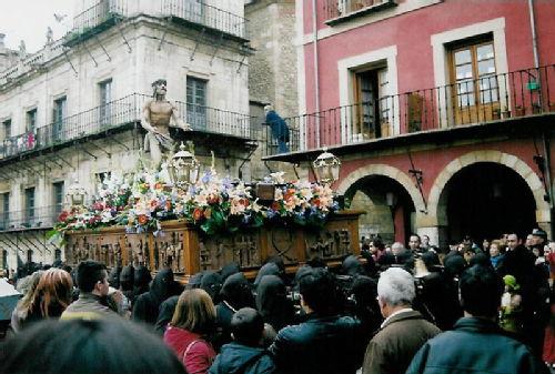 Leon procession 4