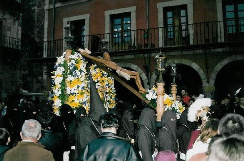 Leon procession 2