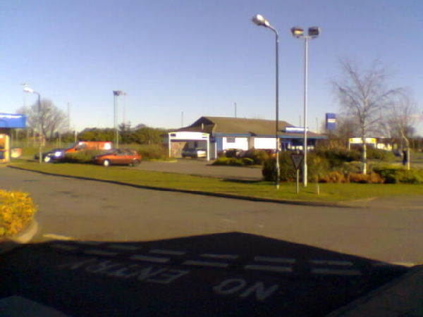 Drive-thru Carphone Warehouse