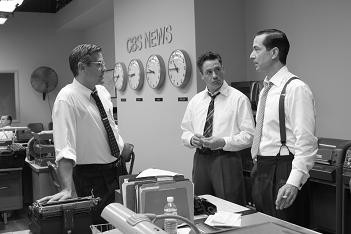 George Clooney, Robert Downey Jr. and David Strathairn in GOOD NIGHT, AND GOOD LUCK. (2005)