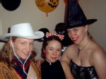A cowgirl, a mouse and a witch