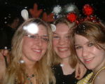 16, Chez, Laura, Emily... and SNOW!!!!