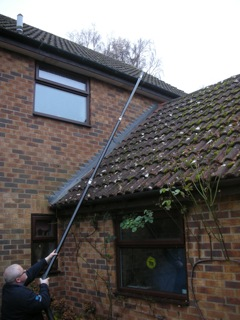 cleaning inaccessible gutters