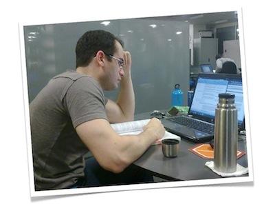 carlos_serra_Studying